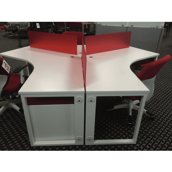 120-Degree 3-Pack Workstations - White - Red Acrylic