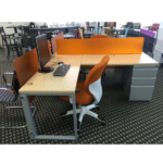 Connect iT L-Shape Pedestal End Desk - Wheat Strand - Silver - Orange Screen Side
