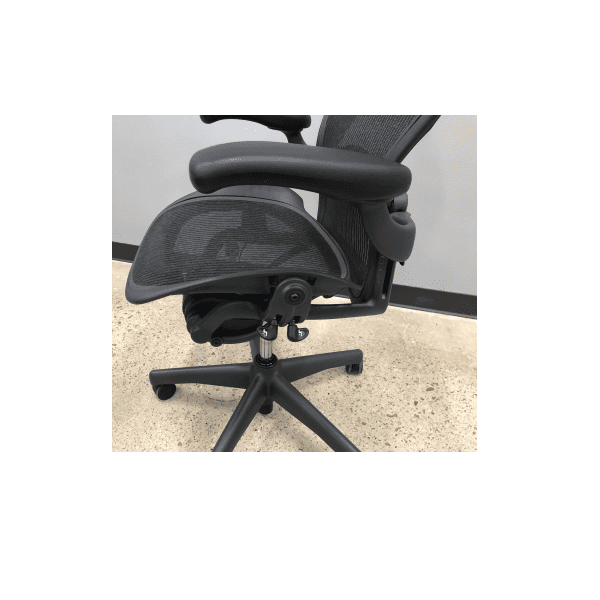 Used Immaculate Condition Herman Miller Aeron - B- Version 2 - Controls