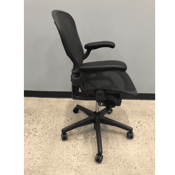 Used Immaculate Condition Herman Miller Aeron - B- Version 2 - Side