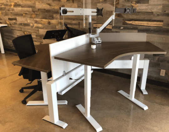 Mid-HAT 120° 4′ x 4′ Height Adjustable Desk