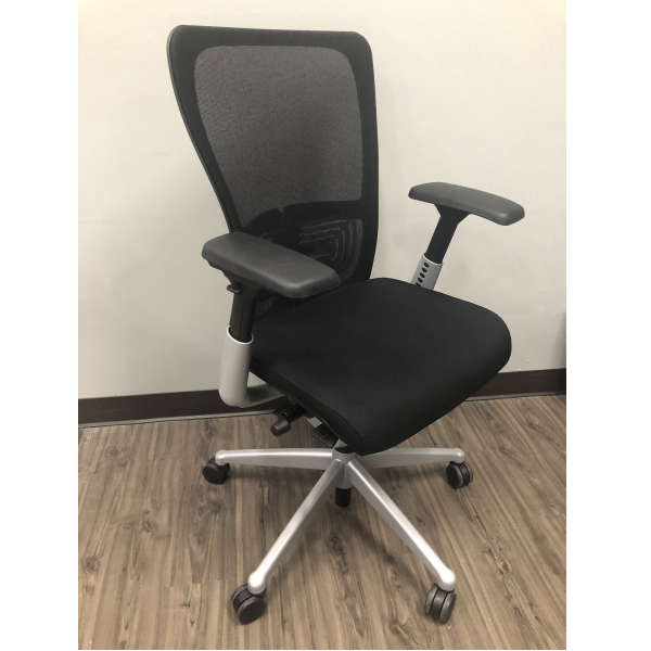 Used Haworth Zody Chair | Circa 2017
