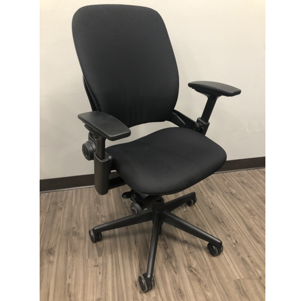 Steelcase Leap Chair Version 2