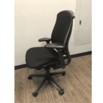 celle chair side view